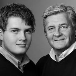 studioporträtt far och son